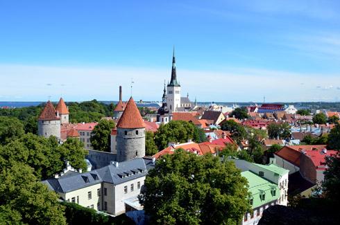 Flug von Hamburg nach Tallinn