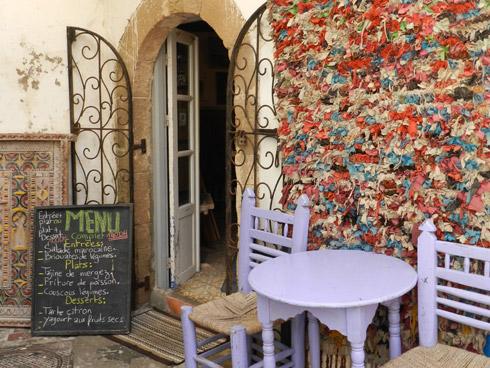 Zwischendurch ein Pfefferminztee im Künstlercafe Essaouira