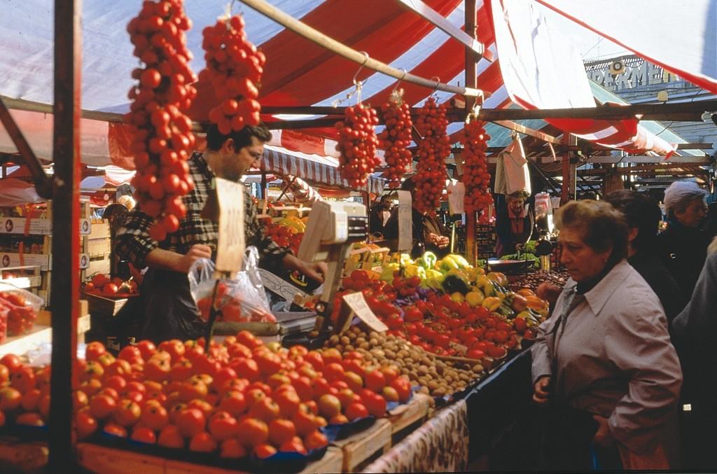 5- Gemüsemarkt Fotoeca ENIT