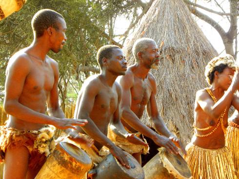 Botswana 6 Historic Living Village der Mashi Chamaeleon