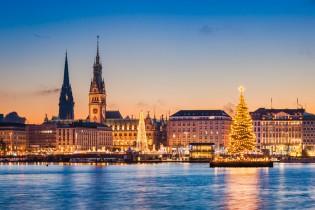 Lichterfahrt Hamburg und Schiffsbegrüßung