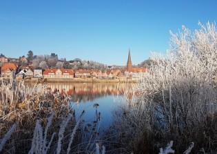 Weihnachtsmarkt Lauenburg mit Adventsingen in der Kirche