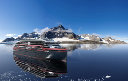 MS-Fridtjof-Nansen-Svalbard-HGR-118201-+Foto_Hurtigruten_AS