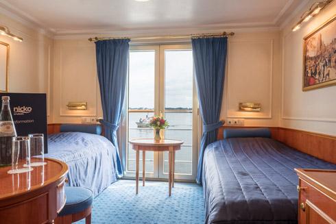 2-Bett Kabine mit franz. Balkon auf dem Oberdeck