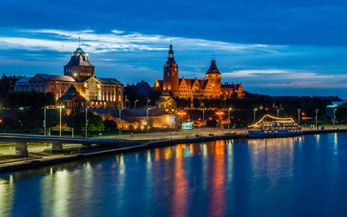 Schöne Lichter an der Stettiner Hafenpromenade