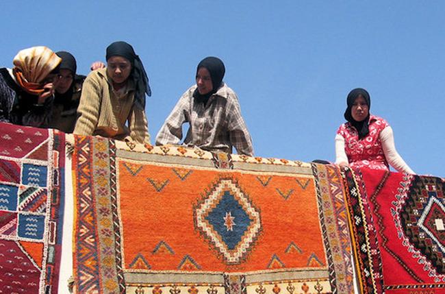 Teppichweberinnnen in Tazenakht Kopie