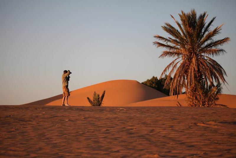 Wüste mit Fotograf