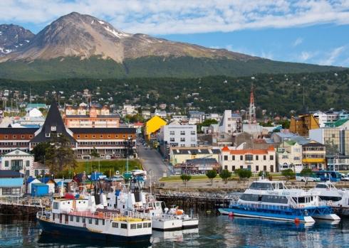 """Ushuaia - """"Bucht, die nach Osten blickt"""""""